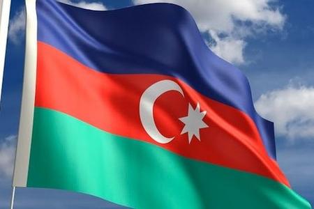 Nazirlər Kabineti Azərbaycan dövlət bayrağının şaquli vəziyyətdə asılması ilə bağlı anlaşılmazlığı aradan qaldırıb