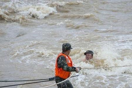 Çində leysan yağışları: 10 nəfər həyatını itirib