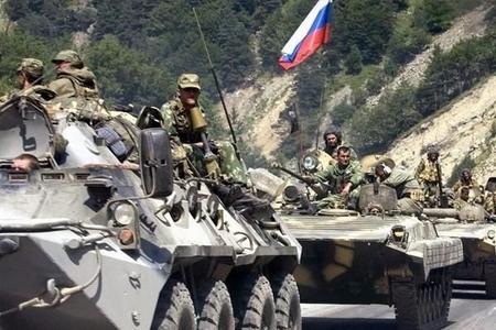 Qərbin qorxduğu baş verdi: Rusiya ordusunu Belarusda saxladı