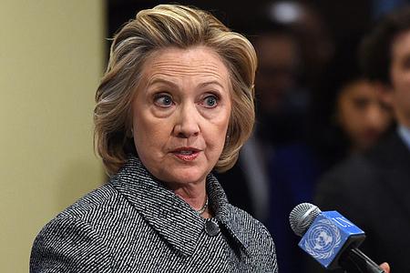 ABŞ: Demokrat partiyasında Hillari Klinton qalmaqalı