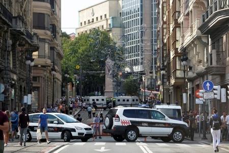 Barselonanın ravvini yəhudiləri İspaniyanı tərk etməyə çağırıb