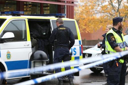 İsveç polisi Yeni il gecəsi məsciddə atışma haqqında məlumatları yoxlayır