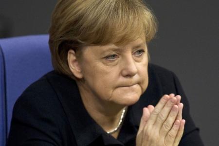 Almanların əksəriyyəti Merkelin kansler postunu vaxtından əvvəl tərk edəcəyini düşünür