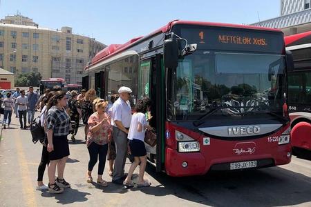Azərbaycanda sərnişinlər ən çox avtobuslardan istifadə edir