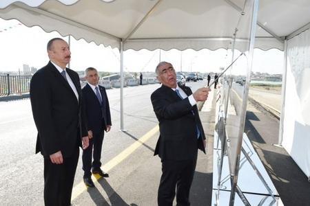 Prezident İlham Əliyev Pirşağı-Novxanı və Binəqədi-Novxanı-Corat yollarının açılışında iştirak edib
