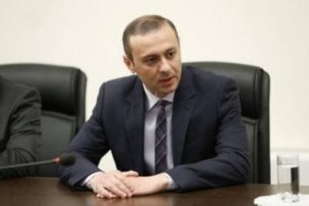 Ermənistan Təhlükəsizlik Şurasının katibinin atası özünü asdı