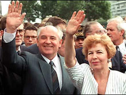 qorbaçov Silva Kaputikyan ile ilgili görsel sonucu