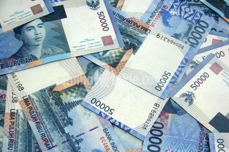 Rusiyalı milyarderlər ötən il 6 mlrd. dollar itiriblər