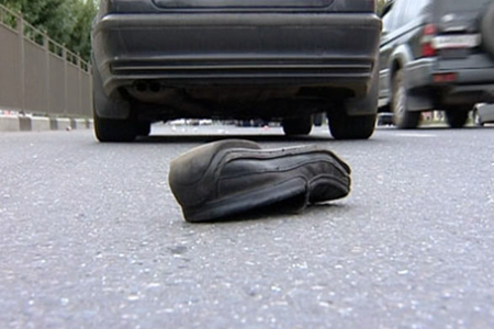 Siyəzəndə yolu keçən qadını avtomobil vuraraq öldürüb