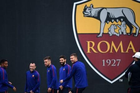 """İranın dövlət televiziyası """"Roma"""" klubunun loqotipinə qarşı senzura tətbiq edib"""