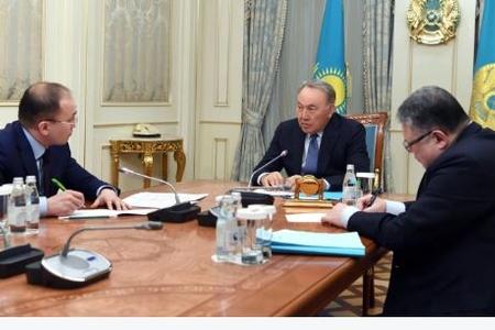 Qazaxıstan parlamentində rus dilindən istifadə məhdudlaşdırlır