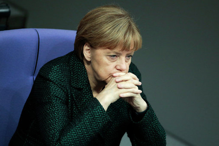 Merkel Suriyada humanitar fəlakətə yol verməməyə çağırıb