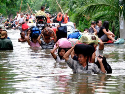 Hindistanda güclü yağış - 10-dan çox adam ölüb