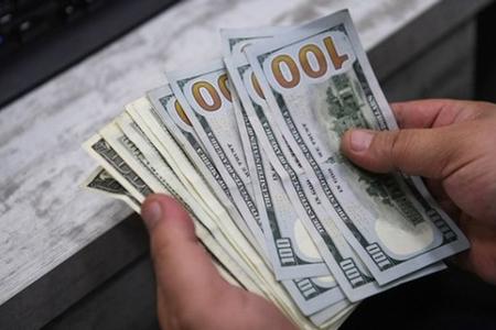 10 min dollardan çox kredit borcu olanlara da güzəşt ediləcək