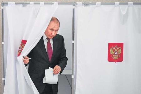 Rusiyada prezident seçkisi keçirildi - Putinlə yola davam