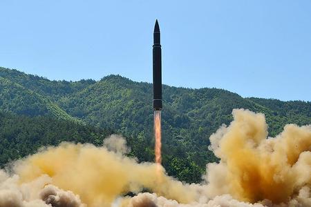 Şimali Koreya yenə ballistik raket buraxa bilər - Milad bayramında