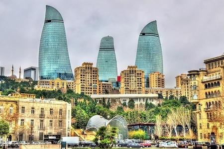 """İranşünas: """"Bakı Tehranla Vaşinqton arasında körpü rolunu oynaya bilər"""""""