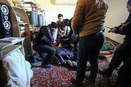 İranın müqəddəs şəhərində rüsvayçılıq: qız və oğlanlar...
