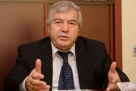 """Sabir Rüstəmxanlı: """"Nə qədər YALTAQLIQ"""
