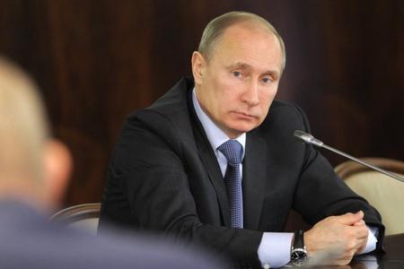Vladimir Putin superağır raketin sınaqlarını anons edib