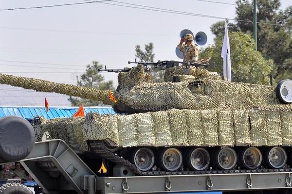 İran yeni tank istehsalına başlayıb