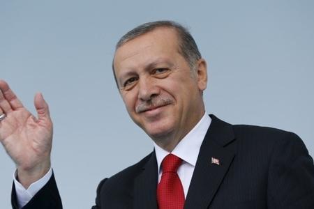 """Türkiyədə kritik seçkilər baş tutdu - xalq Ərdoğanla """"Yola davam"""" dedi..."""