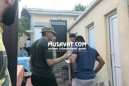 Mehman Hüseynov anasının dəfni üçün müvəqqəti azadlığa buraxıldı - FOTO