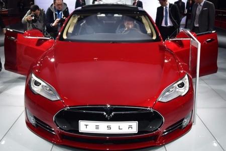 """""""Tesla""""nın sabiq texnoloqundan şirkətə şok ittiham"""