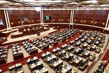 Parlamentin danışmayan deputatları