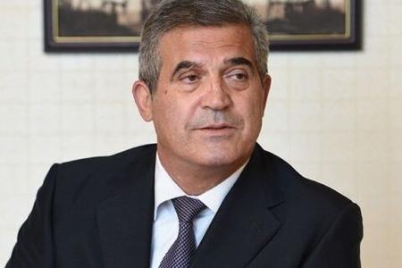 Sürücüsü Süleyman Mikayılovun 10 milyonluq varidatını satıb qaçıb-