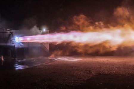 ABŞ-da kosmik gəmi sınaq meydançasında yanıb