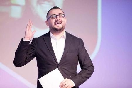"""""""Mən o müğənnilərə artist deyə bilmərəm"""" - Murad Arif"""