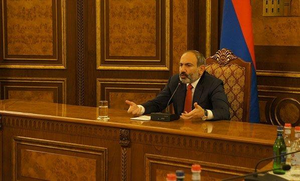 ermenistan-da-nikol-pasinyan-yeniden-basbakan-3941087.jpg (148 KB)