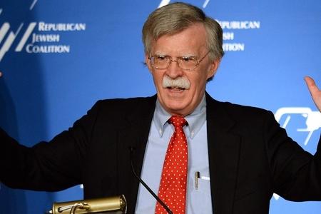 Bolton İranın xarici işlər nazirinə qarşı sanksiyaları şərh edib