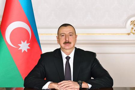 Azərbaycan Prezidenti Fransanın dövlət başçısını təbrik edib