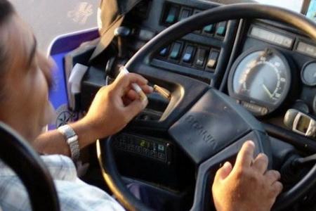 Avtobusda siqaret çəkən sürücülər cərimələnəcək - 50 manata qədər (VİDEO)