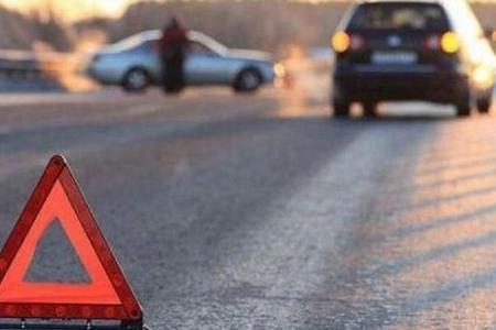 Gəncədə yol qəzasında 2 nəfər yaralanıb