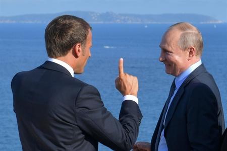 Putinlə Makron Ukrayna, Suriya, İran məsələlərini müzakirə ediblər