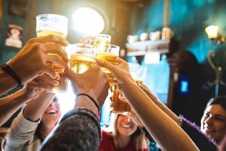 Dünyanın ən çox spirtli içki içilən ölkələrinin adları açıqlanıb