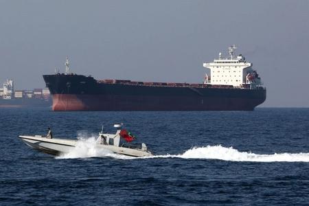 Rusiya İran neftini daşıyan tankerin saxlanılmasını pisləyib