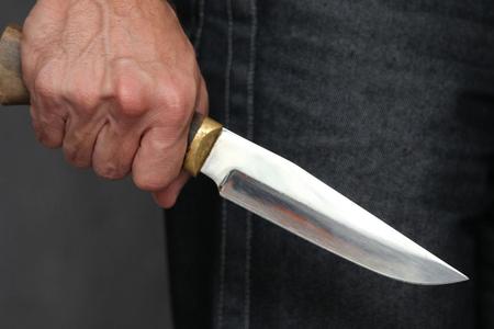 Bakıda gənc oğlan tanışı tərəfindən bıçaqlanıb