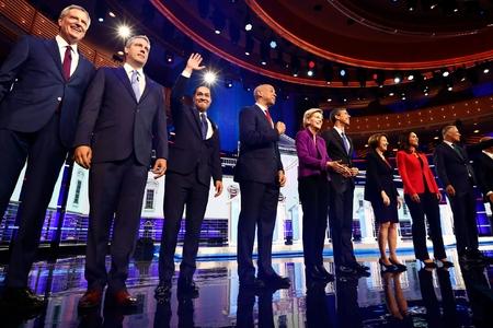 Donald Trampın 20 siyasi rəqibi seçki yarışına qoşuldu