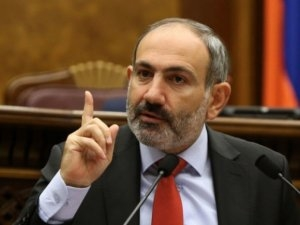 """Paşinyan: """"Təkrar edirəm, Qarabağın həlli Azərbaycan xalqını da qane etməlidir"""""""