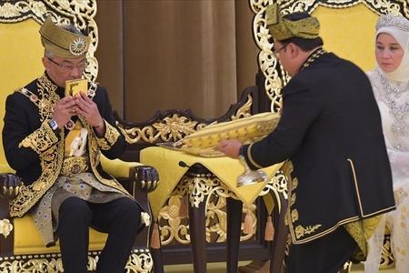 Malaziyanın yeni Kralının tacqoyma mərasimi olub