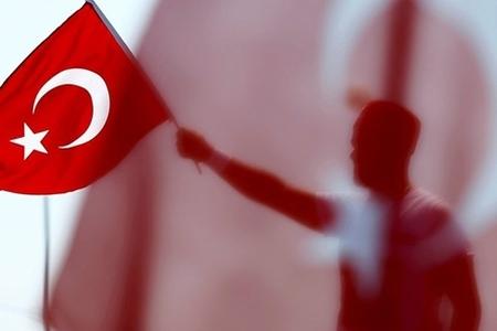 Türkiyə siyasətində yeni çalarlar