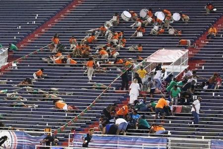 ABŞ-da stadiona silahlı hücum nəticəsində 10 nəfər yaralanıb