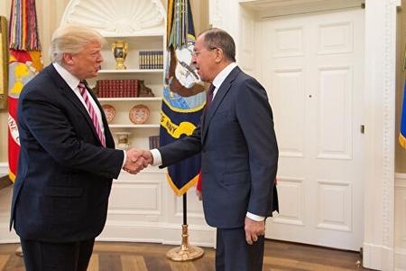 Tramp Vaşinqtonda Lavrovla görüşüb
