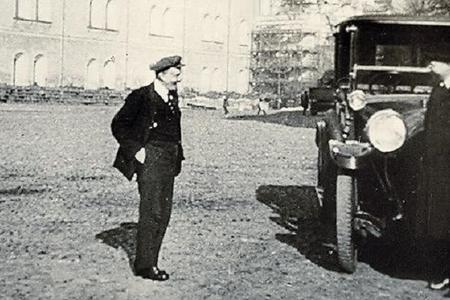 Smolnıda qeyri-adi hadisə - yanğınsöndürənlər Leninin xidməti avtomobilini necə qaçırıblar?-Tarixi faktlar