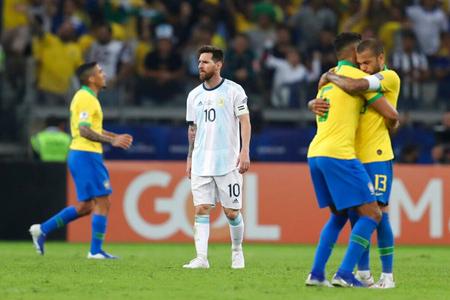 Braziliya Argentinaya qalib gəlib finala çıxdı