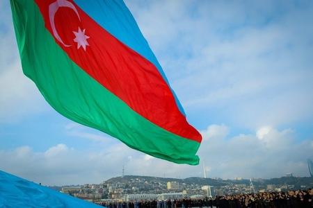 """""""Dövlət bayrağı haqqında"""" qanuna dəyişiklik edilir"""